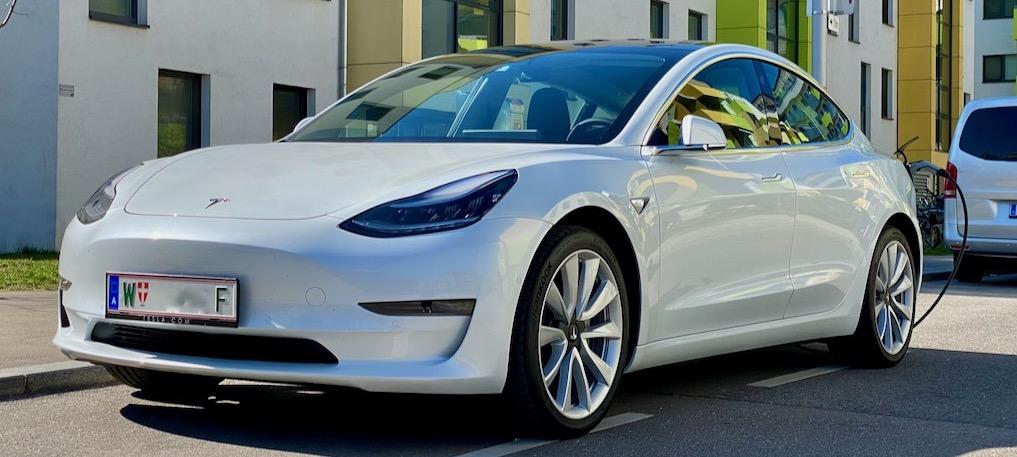 Mein Model 3 – Vorfreude, Lieferung und Ersteindruck über die ersten 700km