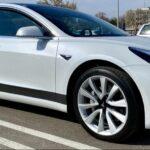 Frühlings-Check beim Tesla Model 3: Bremsen, Steinschläge, Filtertausch